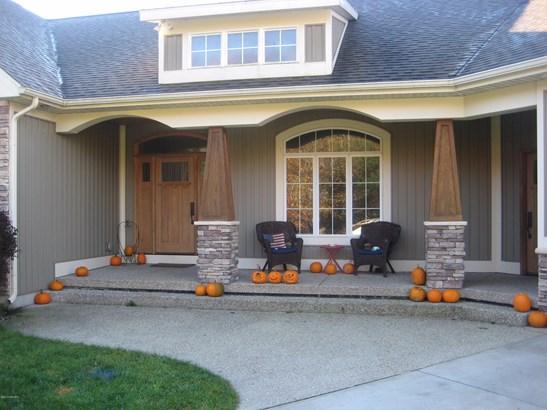 Single Family Residence, Ranch - Cedar Springs, MI (photo 3)