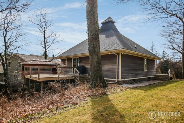 Single Family Residence, Contemporary - West Olive, MI (photo 3)