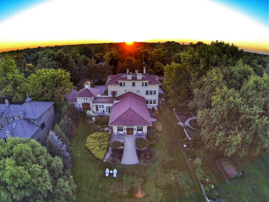 Single Family Residence, Traditional - East Grand Rapids, MI (photo 3)