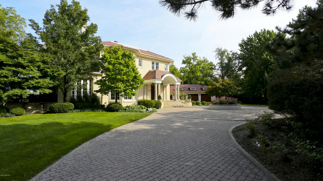Single Family Residence, Traditional - East Grand Rapids, MI (photo 5)