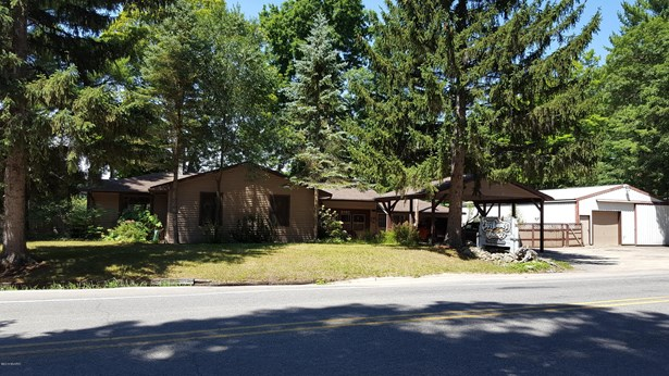 Single Family Residence, Ranch - Newaygo, MI (photo 1)
