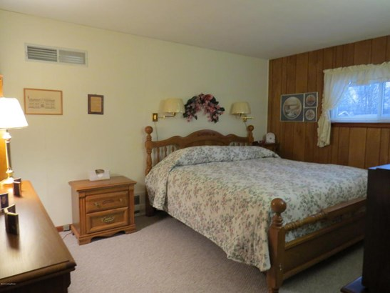 Single Family Residence, Ranch - Milton, KY (photo 5)