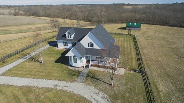 Single Family Residence, 1.5 Stories - Shelbyville, KY (photo 2)