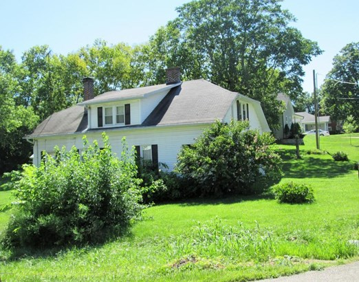 Single Family Residence, Traditional - New Castle, KY (photo 5)