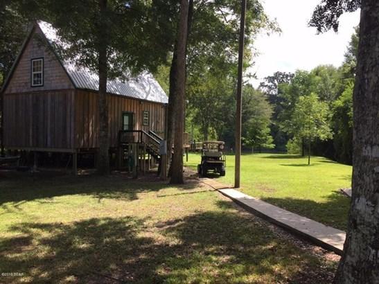 Detached Single Family, Cabin - Wewahitchka, FL (photo 1)