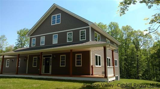 Farm House, Single Family - Gardiner, NY (photo 3)