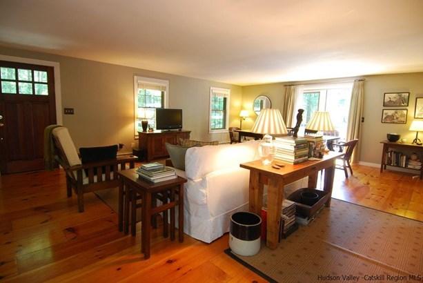 Cape, Single Family - Saugerties, NY (photo 3)