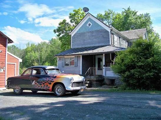 Farm House, Single Family - Kerhonkson, NY (photo 3)