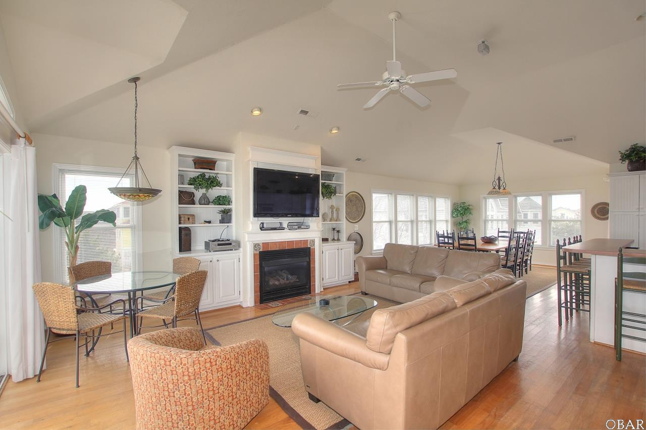 Single Family - Detached, Reverse Floor Plan - Corolla, NC (photo 4)