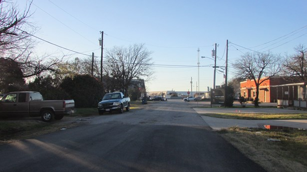 201 S Pine Street, Roanoke, TX - USA (photo 4)
