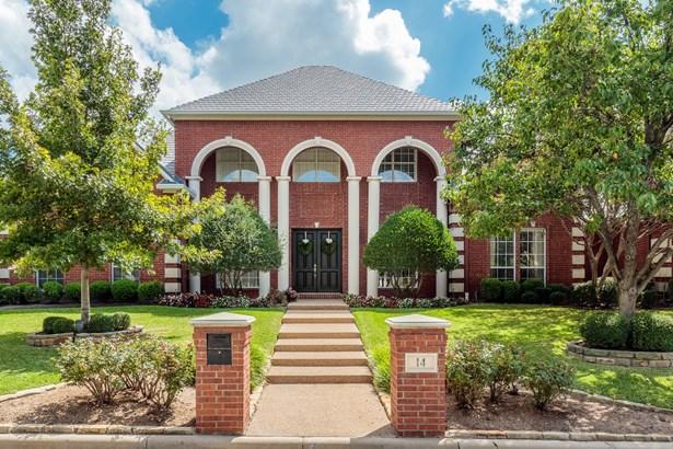 14 Hemingsford Court, Dalworthington Gardens, TX - USA (photo 1)