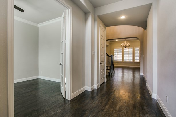 1063 Brookfield Path, Keller, TX - USA (photo 4)