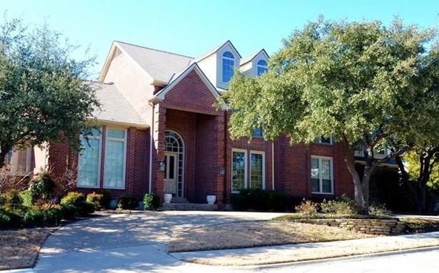 1410 Cottonwood Valley Circle, Irving, TX - USA (photo 2)