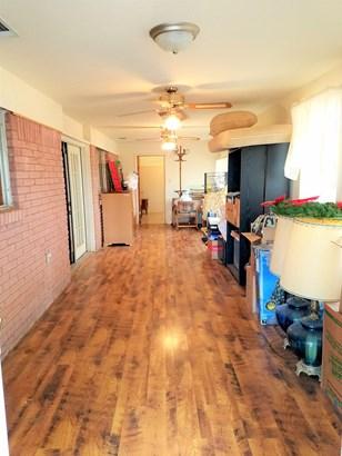 906 S Bosque Street, Whitney, TX - USA (photo 2)