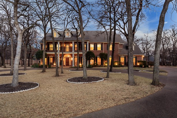 1928 Bridgecrest Lane, Keller, TX - USA (photo 1)