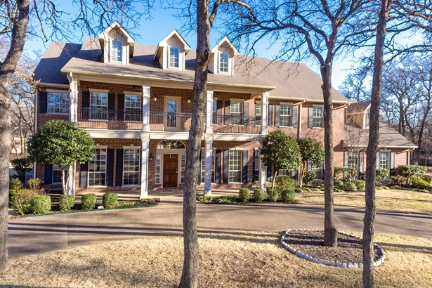 1928 Bridgecrest Lane, Keller, TX - USA (photo 2)