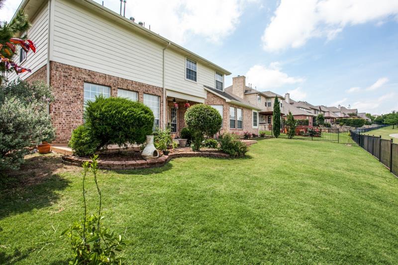 4909 Walton Heath Drive, Garland, TX - USA (photo 4)