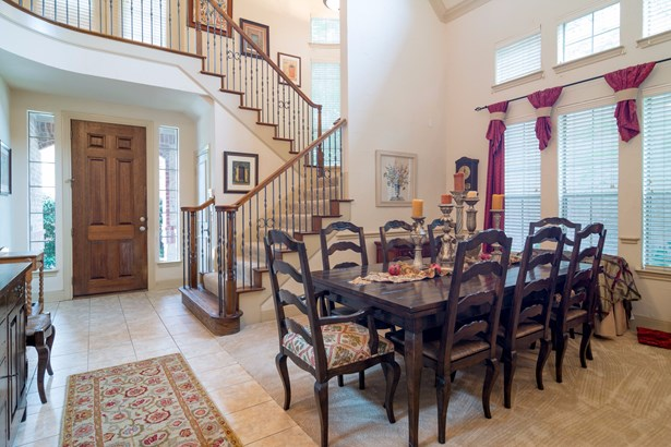 1021 Lake Ridge Drive, Richardson, TX - USA (photo 2)
