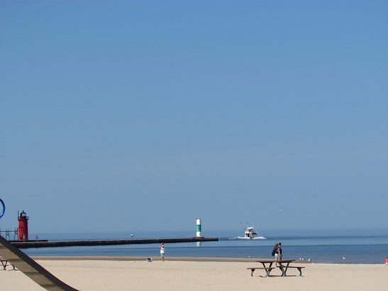 North Shore Beach (photo 2)