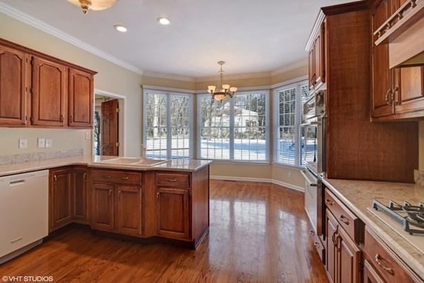 Kitchen/Breakfast Room (photo 5)