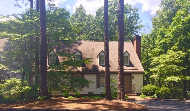 Victorian, Single Family - Southern Pines, NC (photo 1)