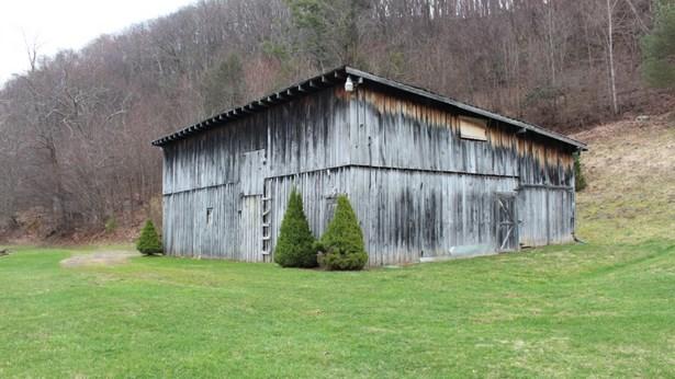 179 Old Helton School Rd, Lansing, NC - USA (photo 3)