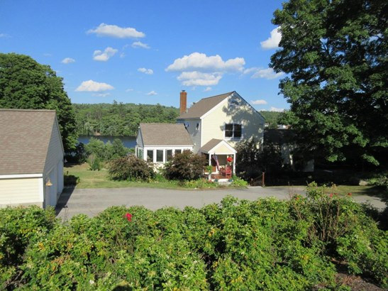 Contemporary,Farmhouse,Walkout Lower Level, Single Family - Hancock, NH (photo 2)
