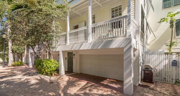 719 Eisenhower Drive 4, Key West, FL - USA (photo 2)