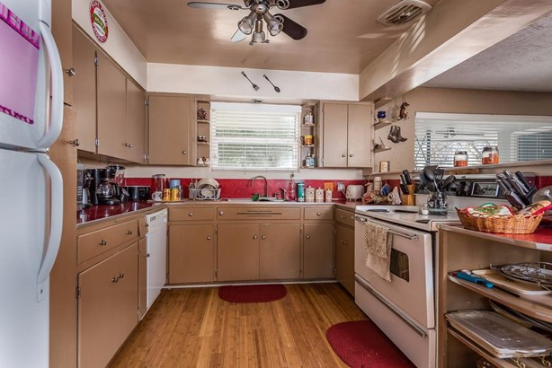 1709 Eldorado Avenue, Klamath Falls, OR - USA (photo 3)
