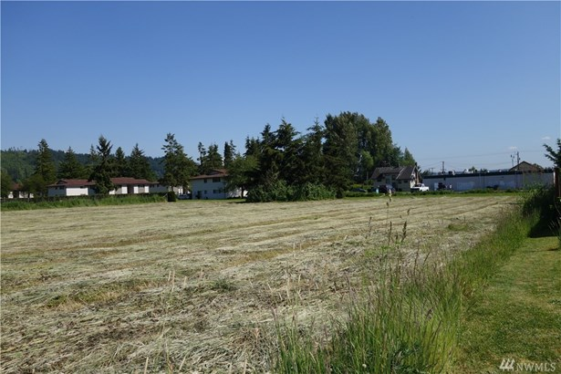 5607 Parker Rd E, Sumner, WA - USA (photo 2)
