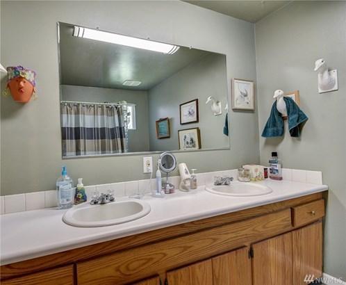486 W Henni Rd, Oak Harbor, WA - USA (photo 5)