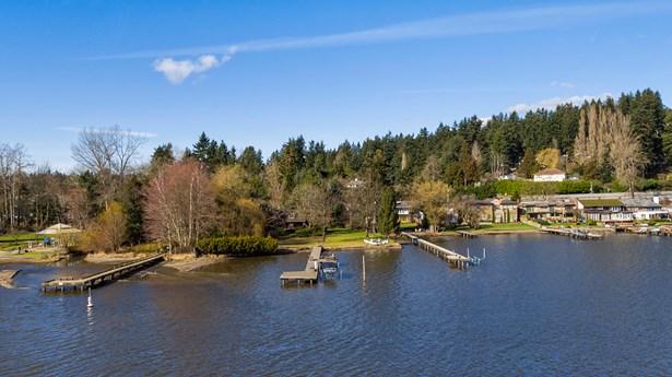 17345 17347 Beach Dr Ne, Lake Forest Park, WA - USA (photo 1)
