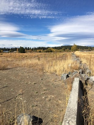 200 Blocklinger Street, Chiloquin, OR - USA (photo 4)