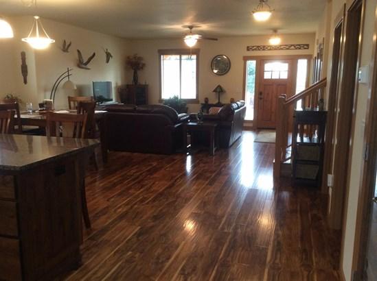 643 Oak Wood, Eagle Point, OR - USA (photo 5)