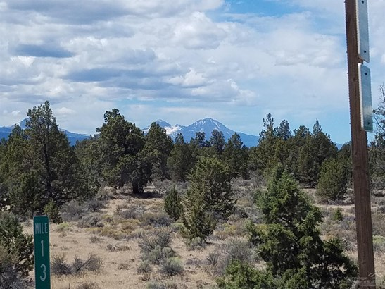 64635 North Highway 97, Bend, OR - USA (photo 2)
