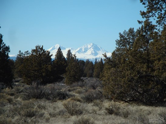64635 North Highway 97, Bend, OR - USA (photo 5)