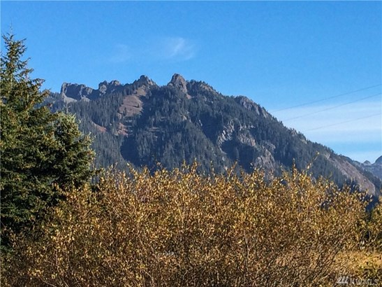 811 Hyak Dr E, Snoqualmie Pass, WA - USA (photo 2)