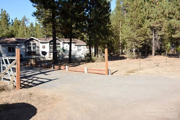 15948 Lava Drive, La Pine, OR - USA (photo 2)