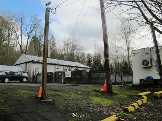 2457 Kamber Rd, Bellevue, WA - USA (photo 3)