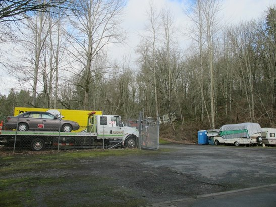 2457 Kamber Rd, Bellevue, WA - USA (photo 5)