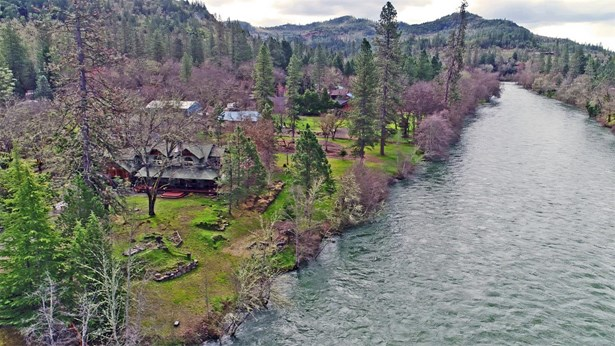 897 Old Ferry Road, Shady Cove, OR - USA (photo 3)