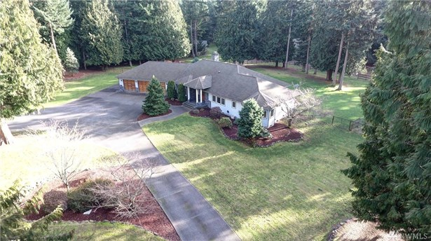 450 Shannaron Lane, Camano Island, WA - USA (photo 1)