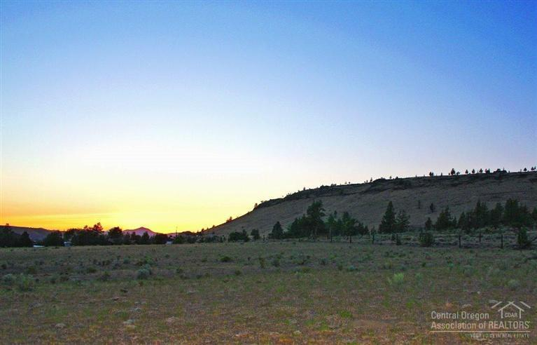 3133 Southeast Gravy Gulch Way, Prineville, OR - USA (photo 3)