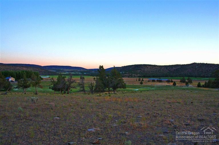 3133 Southeast Gravy Gulch Way, Prineville, OR - USA (photo 4)