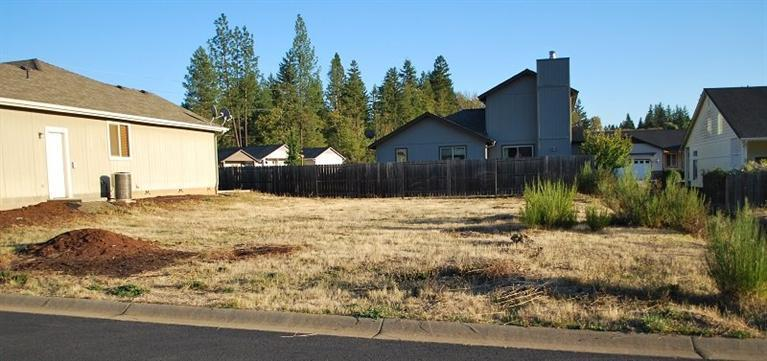 241 Red Cedar Lane, Cave Junction, OR - USA (photo 1)