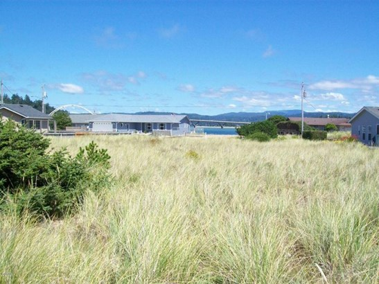 113 Nw Sunset Way, Waldport, OR - USA (photo 2)