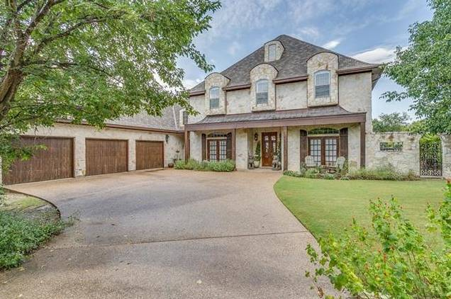 153 Crown Ridge Court, Fort Worth, TX - USA (photo 1)