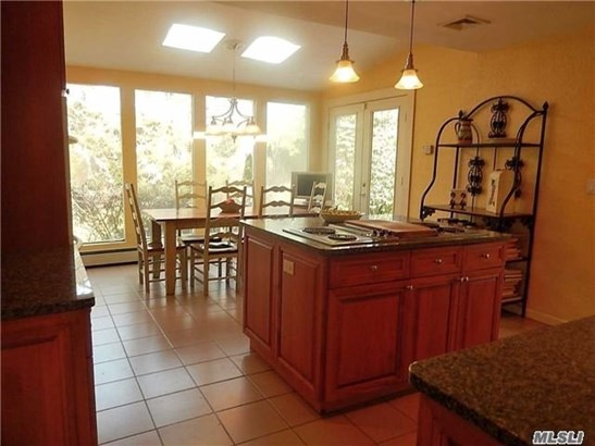 Residential, Ranch - Plainview, NY (photo 2)