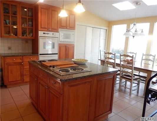 Residential, Ranch - Plainview, NY (photo 3)