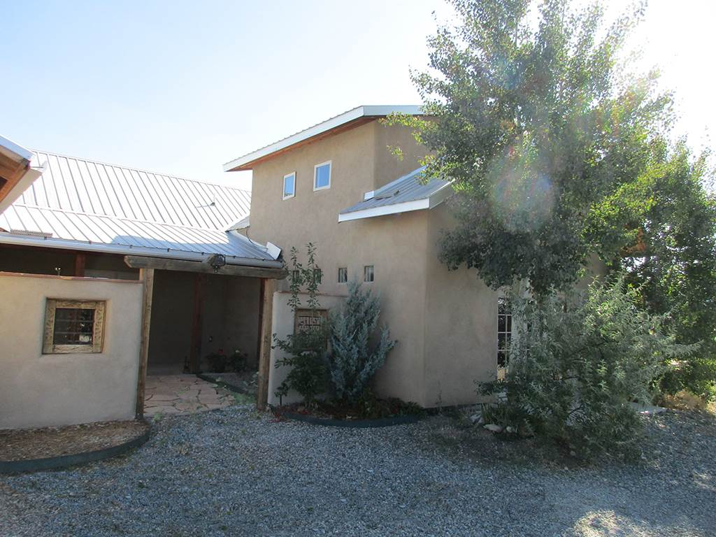 North New Mexico,Territorial, Single Family - Taos, NM (photo 2)